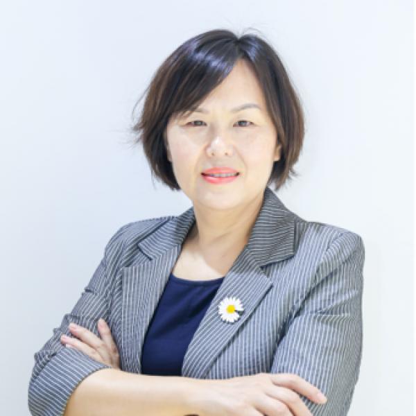 Tracy Guo (2)